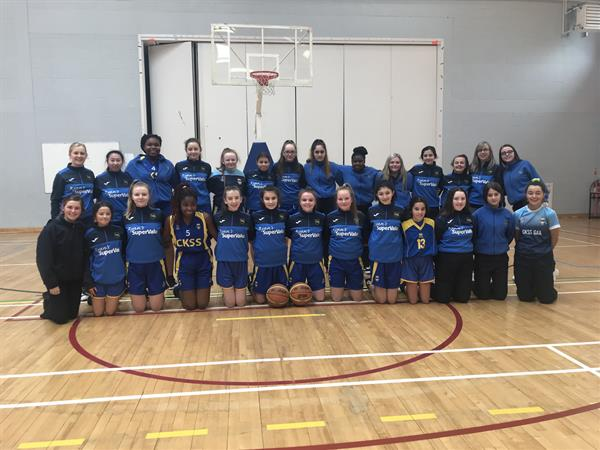 1st Year Basketball Team on to Semi Final