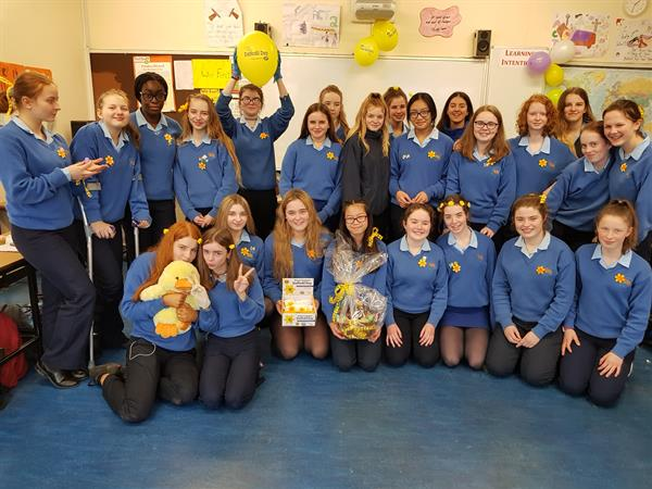2C Class supports Daffodil Day